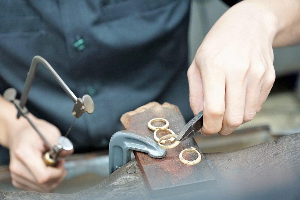 hand-3281702_1920 Il valore delle creazioni Handmade