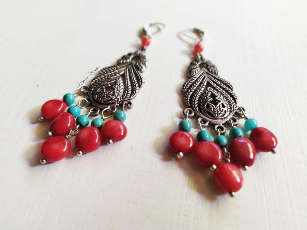 lunghi pendenti rosso e turchese