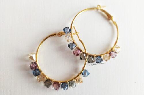 orecchini cerchio con cristalli pastello