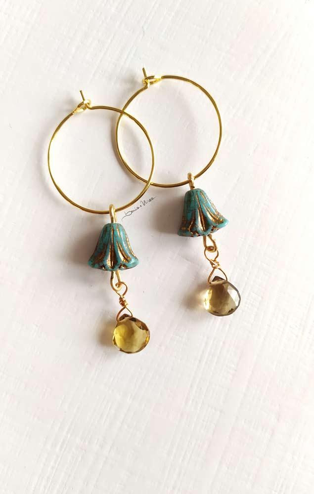 IMG_20201029_111556 Cerchi in oro con fiore  turchese
