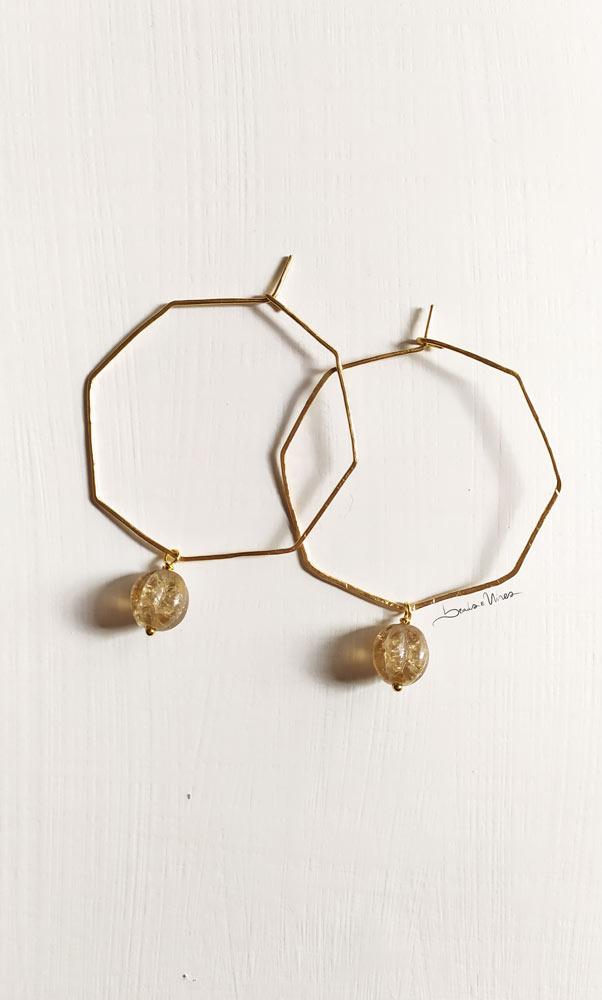 IMG_20201104_113142 Un ottagono dorato con perla di vetro e oro