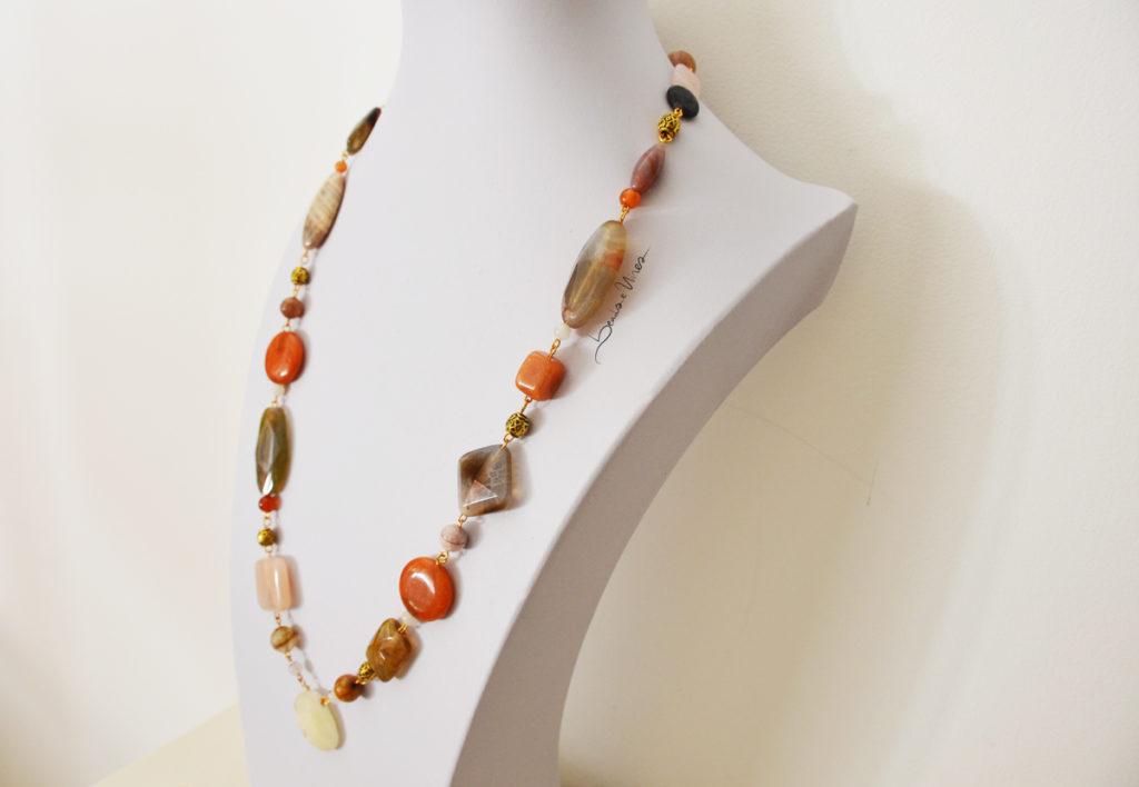 DSC_0075-1024x708 Collana con grandi pietre dure + bracciale