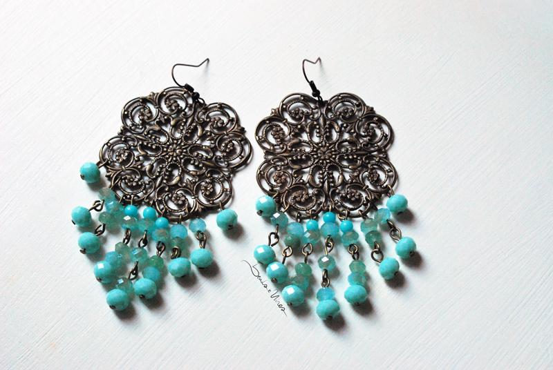DSC_1542 Orecchini con perline turchesi