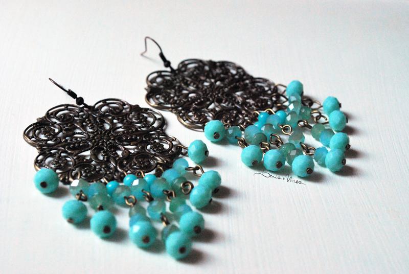 DSC_1546 Orecchini con perline turchesi