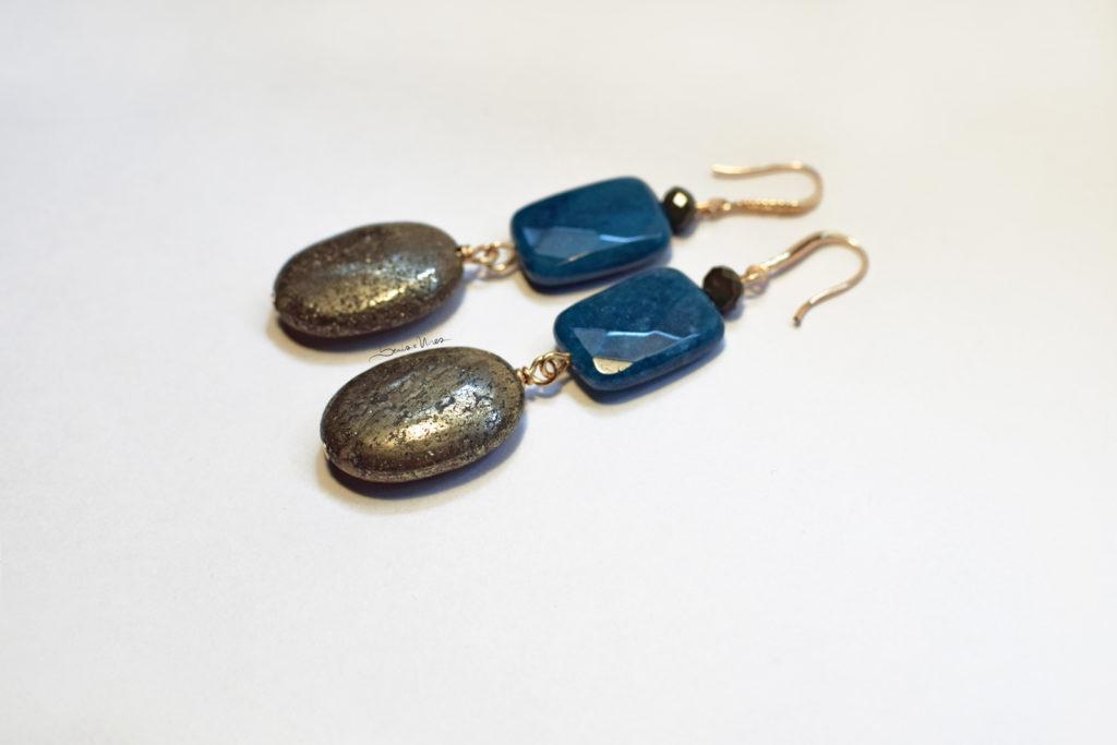 DSC_3422-1024x683 Orecchini pendenti verdi e blu