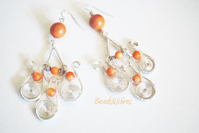 DSC_9485 Lunghi orecchini Arancio e argento