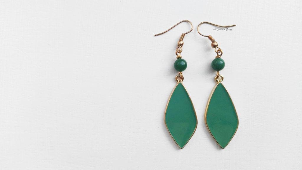 IMG_20191016_142513-1-1024x577 Orecchini a foglia verdi smeraldo