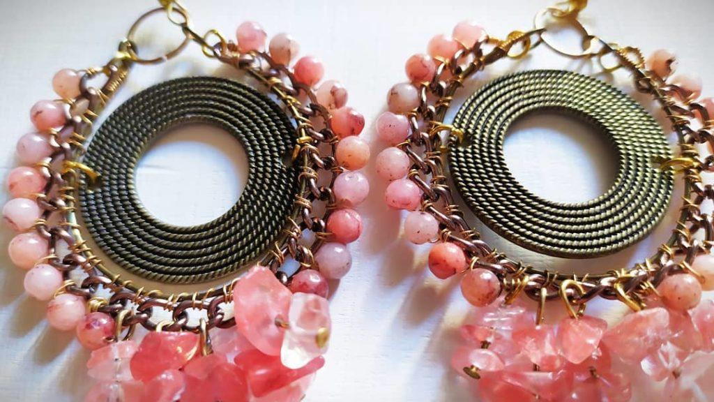pietrerosa-1024x576 Pink! Orecchini rosa pastello